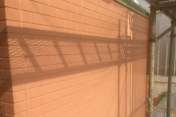外壁 中塗り 施工後