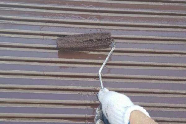 雨戸 2回目塗装 施工中