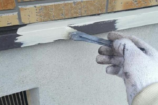 水切り 下塗り 施工中