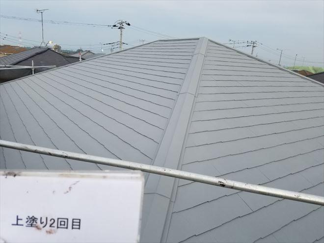 【施工後】屋根を洗浄して塗り直しまし、とても明るく仕上がりました。